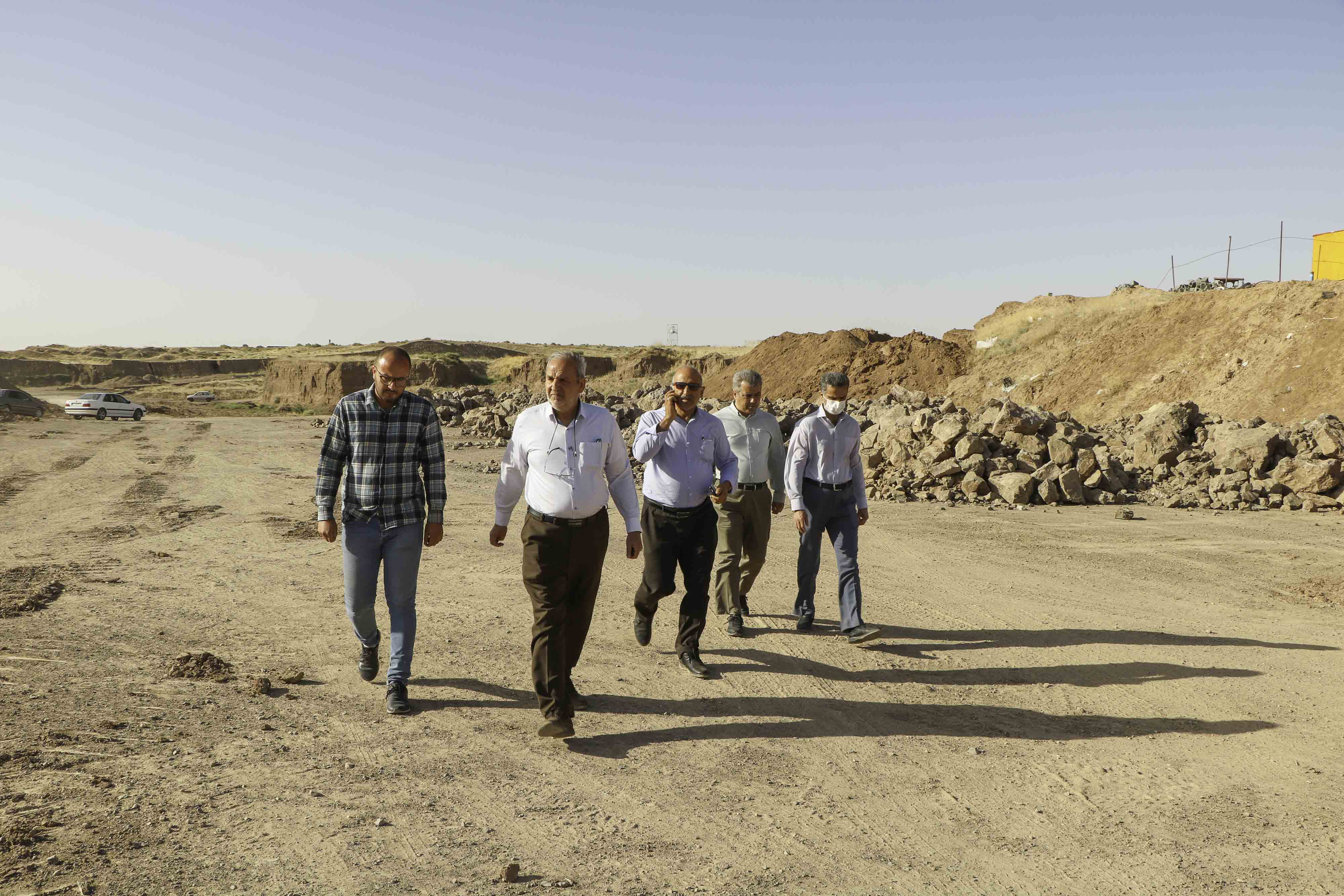 بازدید مهندس کتانباف از پروژه احداث دریاچه آیلند