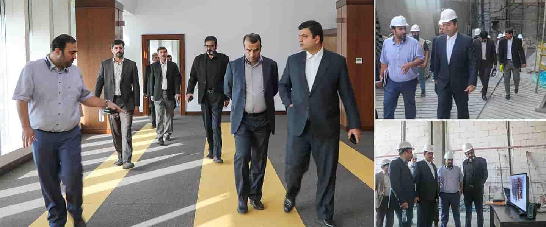 مدیرعامل فرابورس ایران از پروژه اداری تجاری و پارکینگ مکانیزه فرهنگ2 بازدیدکرد