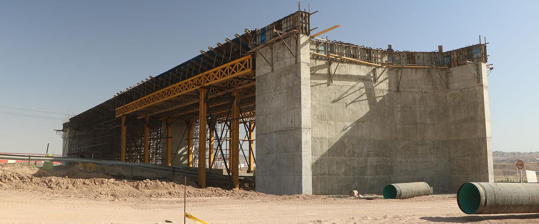 پروژه اجرای دهانه پل ، رمپ ، عملیات خاکی و آسفالت  سرزمین ایرانیان